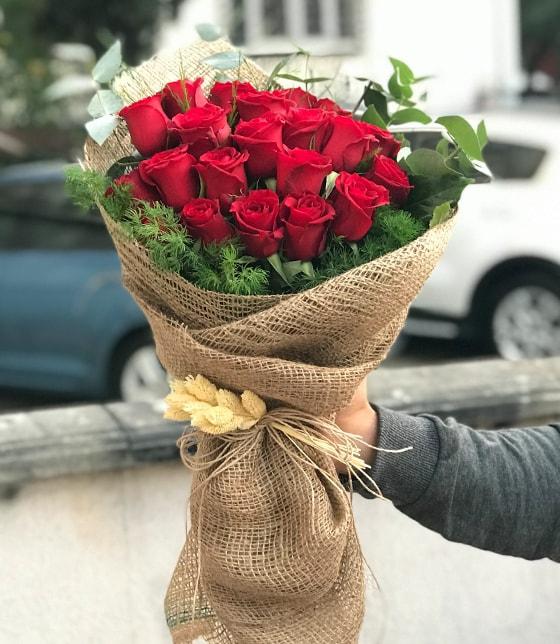25 Adet Kırmızı Güller